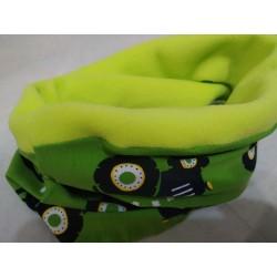 Zelený nákrčník - Traktor